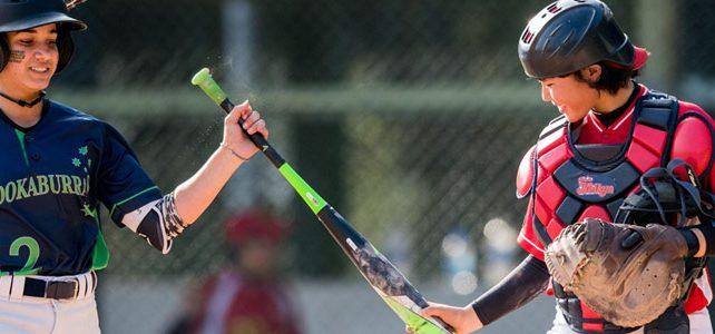 女子棒球在世界